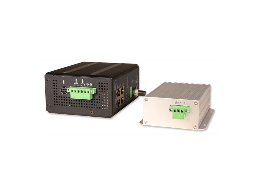 VX-700LRP-KIT Industrial PoE Extender Kit Top